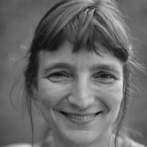 Julie Hanique